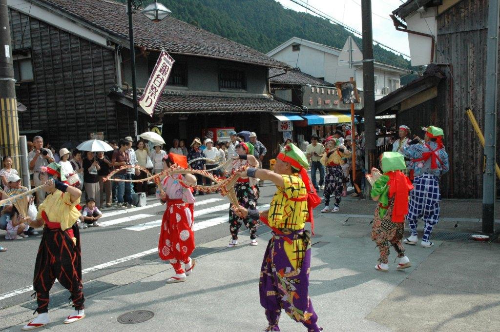 銀谷祭り(かなやまつり)のご案内(生野銀山までシャトルバス運行)